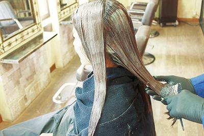 髪と頭皮にやさしい『オーガニックカラー』